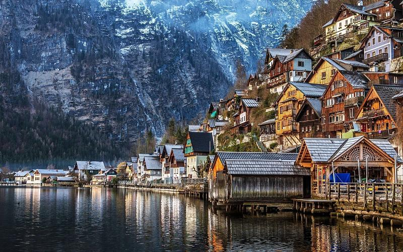 Forecasting-hallstatt-village-austria-wallpaper-high-resolution-wallpaper-desktop-background.jpg