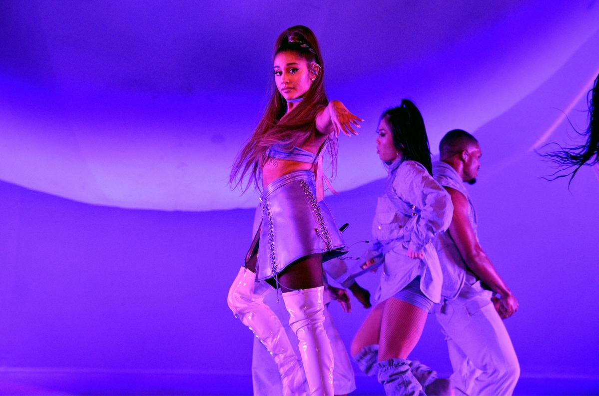 Name:  Ariana-Grande-October-15-2019-billboard-1548.jpg
