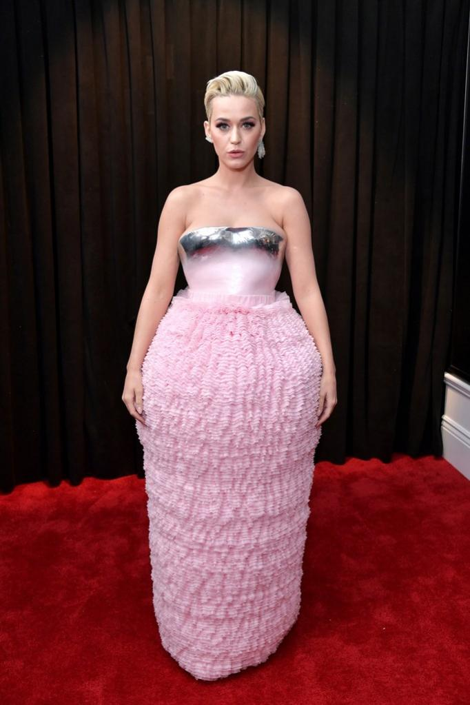 Name:  katy-perry-grammys-rc-2019-billboard-1240-683x1024.jpg