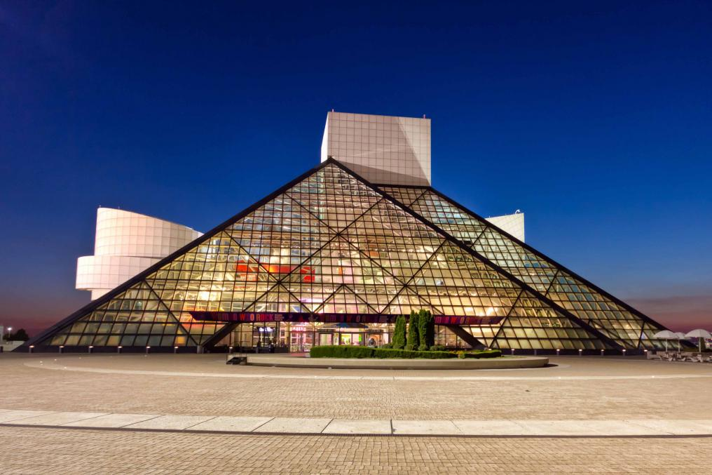 Name:  rock-and-roll-hall-of-fame.jpg Views: 191 Size:  95.2 KB