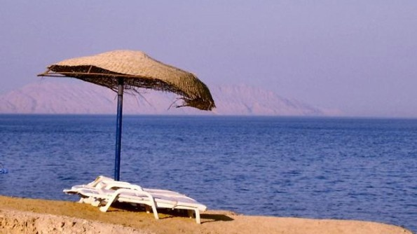 Name:  Chairs-on-beach-with-umbrella--vacation.jpg Views: 114 Size:  55.0 KB