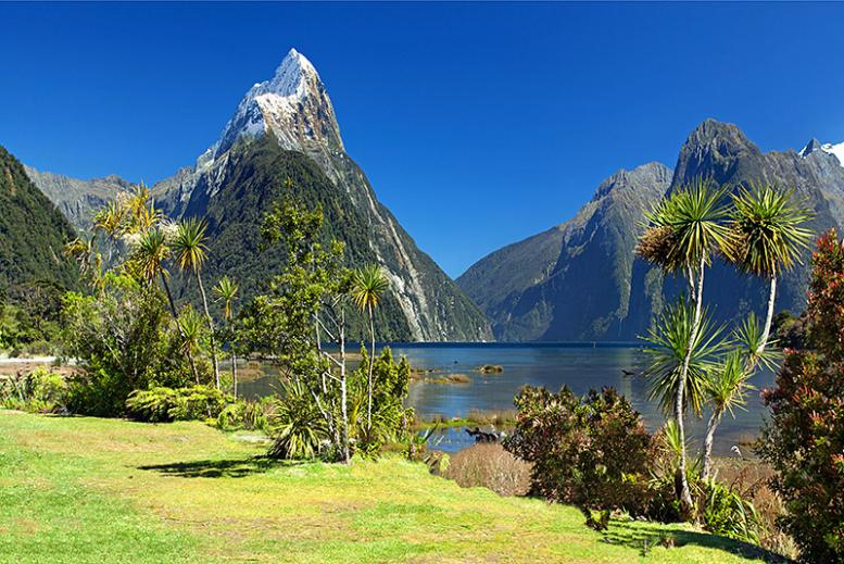 Name:  1_Milford_Sound.jpg